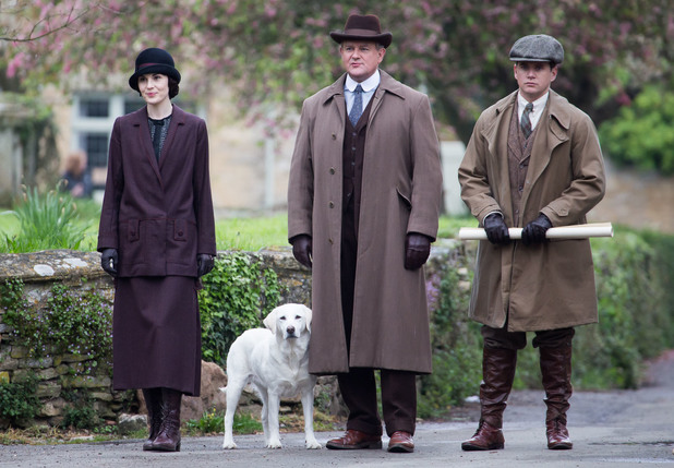 downton-abbey-dockery-bonneville
