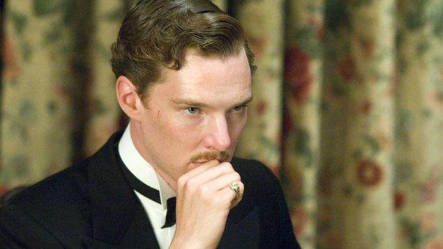 Benedict Cumberbatch (Paul Marshall) on the set of Atonement.