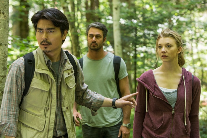 (L to R) Yukiyoshi Ozawa as Michi, Taylor Kinney as Aiden and Natalie Dormer as Sara Price in Jason Zada's THE FOREST, a Gramercy Pictures release.Credit : James Dittiger / Gramercy Pictures