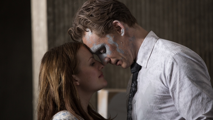 HIGH RISE_Hiddleston Moss