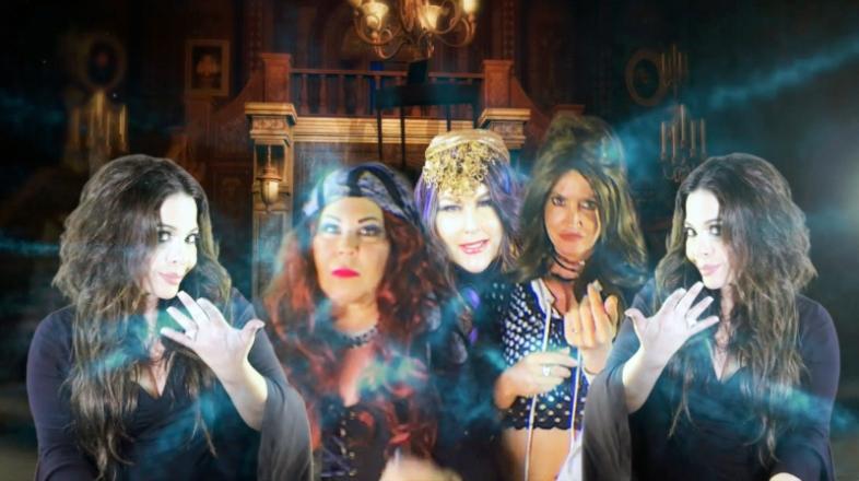 monster-house-girls
